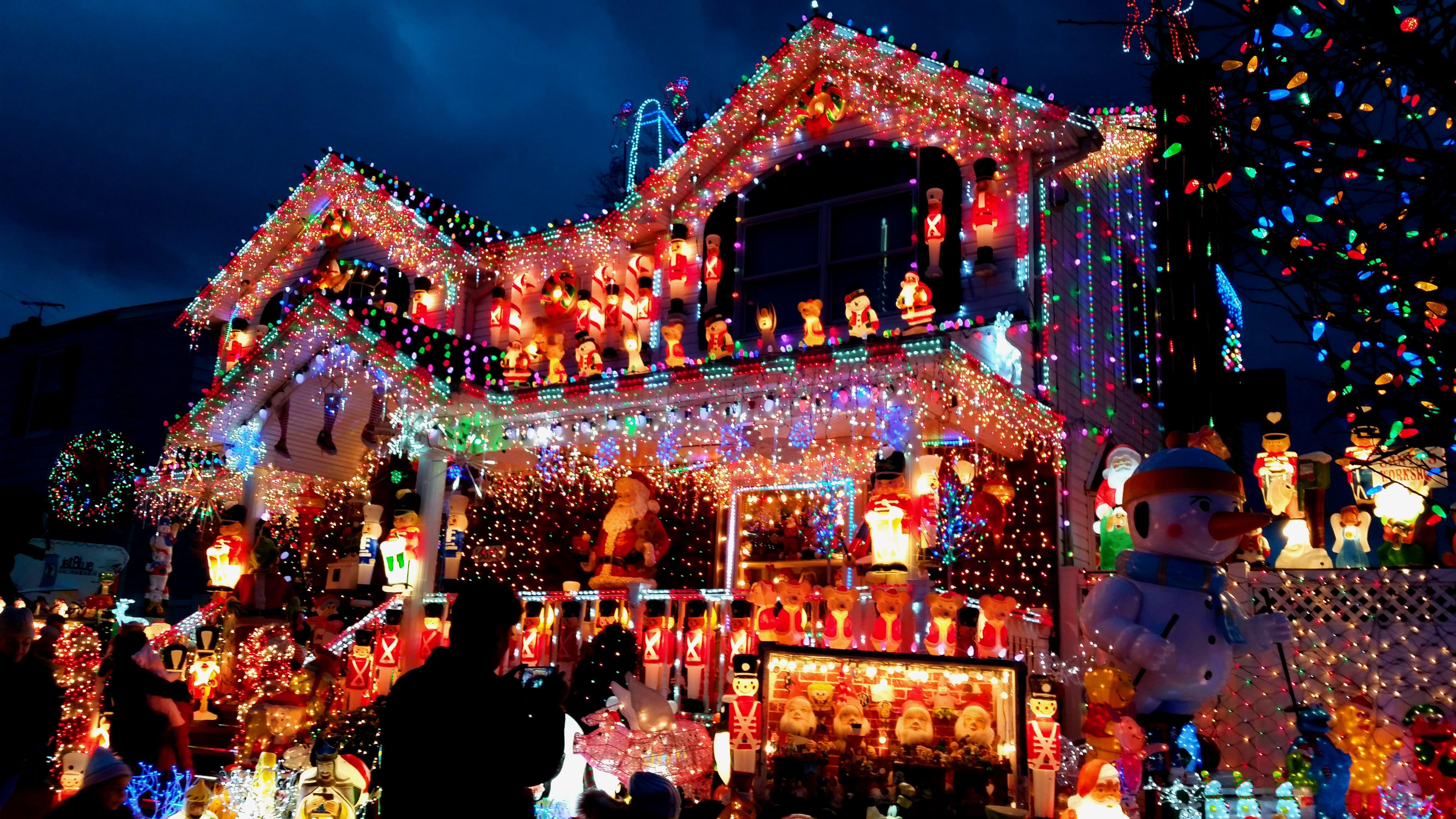 Lights Out, What's Up with Light Displays? - The Unfit Father